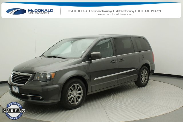 Pre-Owned 2016 Chrysler Town & Country S