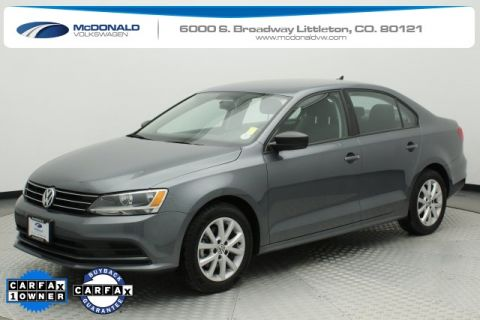 Pre-Owned 2015 Volkswagen Jetta 1.8T SE FWD 4D Sedan